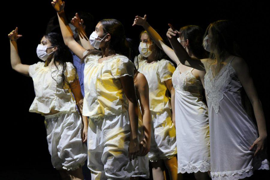 when we rest choreographed by Kaia Fister. Costumes by Erin Reilly. Dancers: Mia Alvarez, Makayla Arakaki, Laci Ganier, Ava Hancharick, Rachel Jaskowiak,  Nate McDaniel, Sarah Revtyak. (Photography by: Sarah Hart)